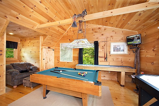 Pool table in game room at 2 Lovin' Bears, a 1 bedroom cabin rental located in Gatlinburg