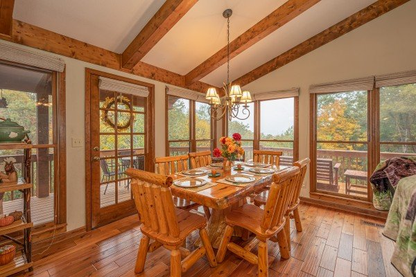 Dining table for six at Lazy Bear Retreat, a 4 bedroom cabin rental located in Pigeon Forge