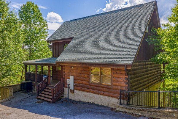 Exterior and parking at Autumn Blessings, a 2 bedroom cabin rental located in Pigeon Forge