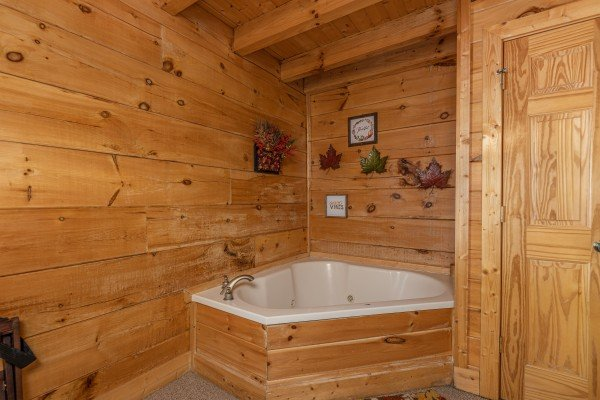 Jacuzzi in a bedroom at Autumn Blessings, a 2 bedroom cabin rental located in Pigeon Forge