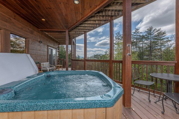 at mountain laurel lodge a 4 bedroom cabin rental located in pigeon forge