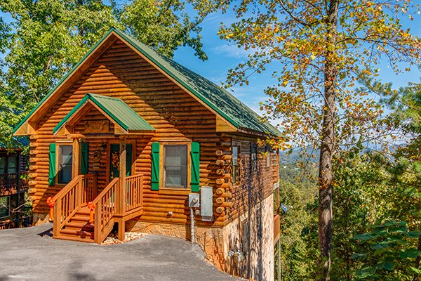 Lookout Ridge, a 2 bedroom cabin rental located in Pigeon Forge