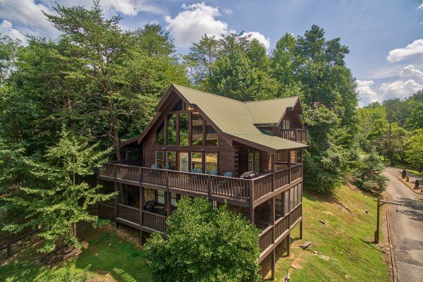 Mountain Music, a 5 bedroom cabin rental located in Pigeon Forge