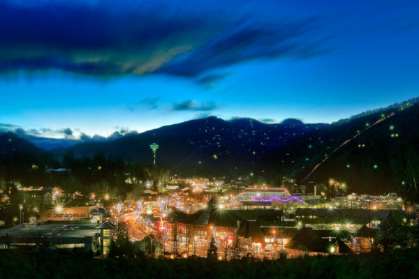 Downtown Gatlinburg at Heaven's Hill, a 3 bedroom cabin rental located in Gatlinburg