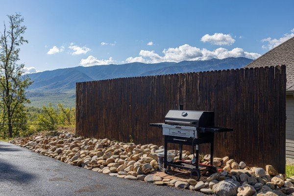 Grill at Heaven's Hill, a 3 bedroom cabin rental located in Gatlinburg