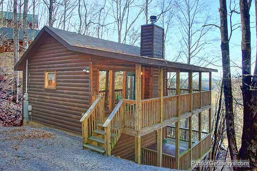 Front exterior view at Paradise Found, a 1 bedroom cabin rental located in Gatlinburg