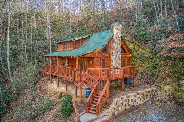 Moonshiner's Ridge, a 1-bedroom cabin rental located in Pigeon Forge