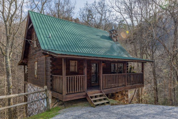 Smoky Bears Creek, a 2 bedroom cabin rental located in Pigeon Forge
