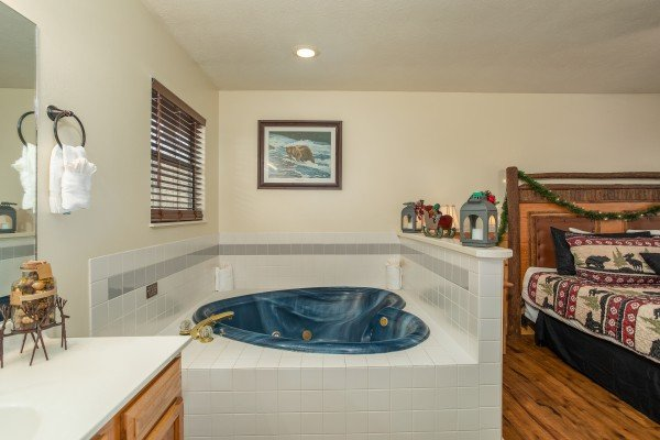 In room jacuzzi tub at Hillside Hideaway, a 1 bedroom cabin rental located in Pigeon Forge