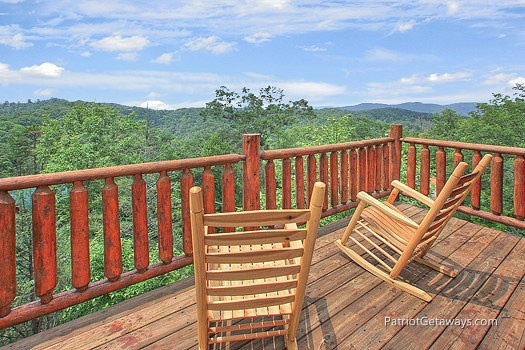 at wilderness escape a 2 bedroom cabin rental located in gatlinburg