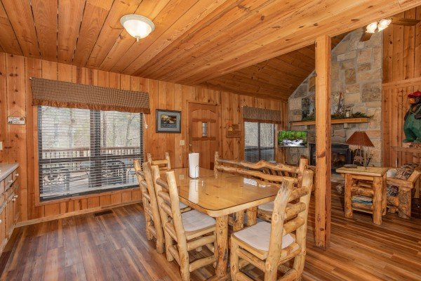 Dining space with seating for six at Papa Bear, a 3 bedroom cabin in Pigeon Forge