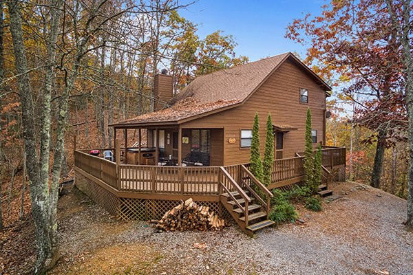Papa Bear, a 3 bedroom cabin rental located in Pigeon Forge