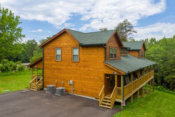 Always Dream'n, a 6 bedroom cabin rental located in Pigeon Forge