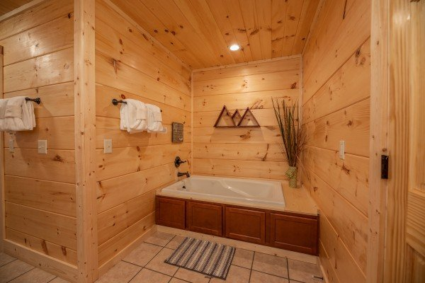 Jacuzzi in a bathroom at Always Dream'n, a 6 bedroom cabin rental located in Pigeon Forge
