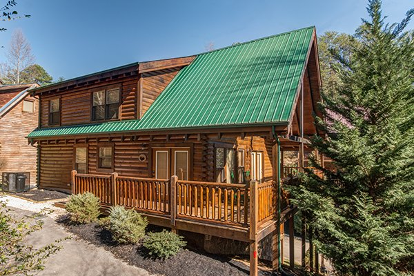 Mountain Harvest, a 3 bedroom cabin rental located in Pigeon Forge