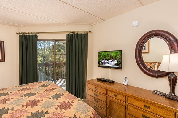 at high alpine #204 a 2 bedroom cabin rental located in gatlinburg