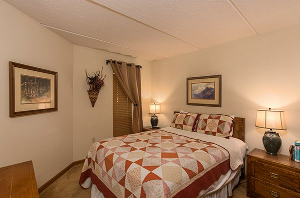 Bedroom with a queen bed at High Alpine #204, a 2 bedroom cabin rental located in Gatlinburg