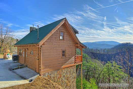 exterior view at sunset vista view a 1 bedroom cabin rental located in pigeon forge