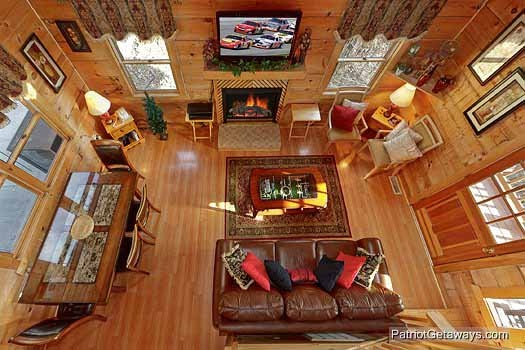 overhead view of living area at sunset vista view a 1 bedroom cabin rental located in pigeon forge