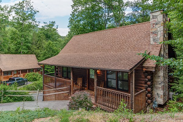 Location Location Location, a 1 bedroom cabin rental located in Pigeon Forge