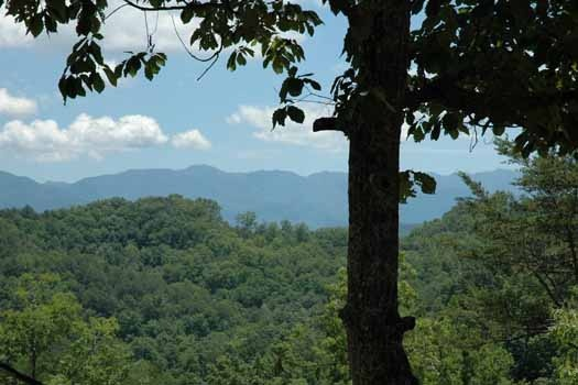 mountain view of the great smoky mountains from i love view a 2 bedroom cabin rental located in pigeon forge