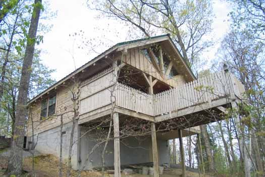 Just Us, a 1 bedroom cabin rental located in Pigeon Forge
