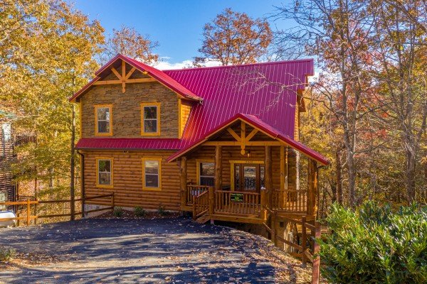 Pinot Splash, a 4 bedroom cabin rental located in Gatlinburg
