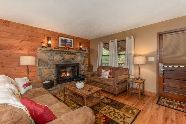 at misty mountain sunrise a 3 bedroom cabin rental located in pigeon forge