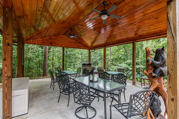 at smokies paradise lodge a 5 bedroom cabin rental located in pigeon forge