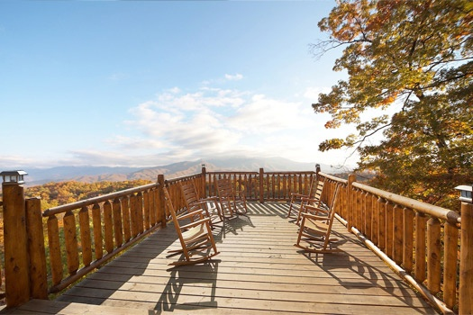 deck with rockers at perfection! a 3 bedroom cabin rental located in gatlinburg