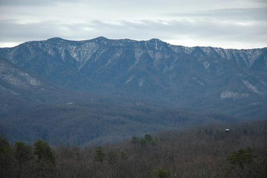smoky mountain view at perfection! a 3 bedroom cabin rental located in gatlinburg